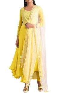 yellow-overlap-anrgrakha-with-organza-dupatta-churidar