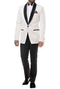 white-single-breast-tuxedo-jacket-set