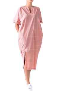 pale-pink-poplin-grid-pattern-midi-dress