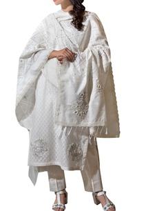 ivory-jacquard-hand-embroidered-kurta-set