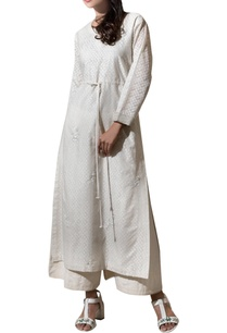 ivory-chanderi-ribbon-hand-embroidered-kurta-with-pants