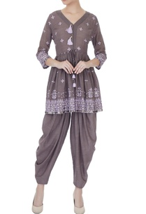 grey-cotton-thread-embroidered-kurta-with-salwar-pants