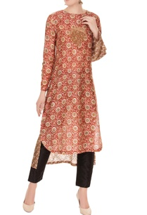 brown-sanganeri-printed-chanderi-silk-embroidered-kurta
