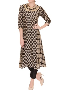 black-sanganeri-printed-chanderi-silk-kurta