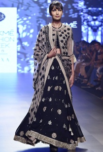 black-georgette-lehenga-with-frilly-waistcoat-dupatta