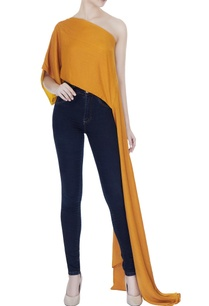 mustard-tussar-georgette-solid-one-shoulder-blouse