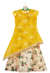 multicolored-floral-gown-with-yellow-asymmetric-tunic