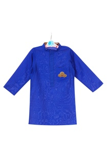 blue-katan-car-motif-embroidered-kurta