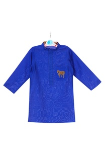 royal-blue-cotton-silk-hand-embroidered-horse-motif-kurta