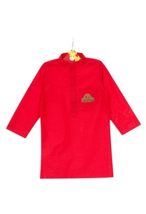 red-cotton-silk-hand-embroidered-car-motif-kurta