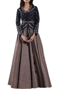 navy-blue-dabka-embroidered-jacket-with-brocade-lehenga