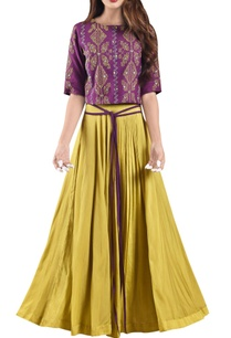 corn-yellow-pleated-muslin-maxi-skirt-with-wine-crop-top