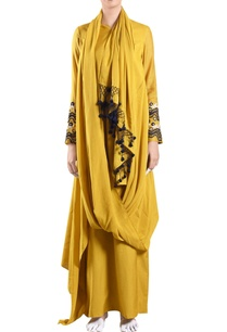yellow-muslin-draped-dress