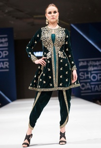 green-velvet-pittan-embroidered-kurta-set