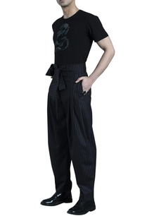 black-pinstripe-high-waist-hakama-pants