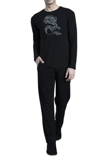 black-jersey-tee-with-dragon-embroidered-motif