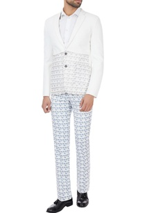 white-grey-printed-suit-set