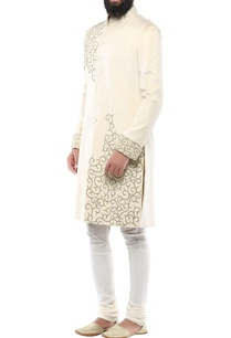 cream-velvet-swarovski-detailed-sherwani-with-churidar