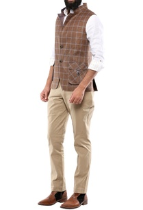 brown-check-linen-jacket-with-patch-pockets