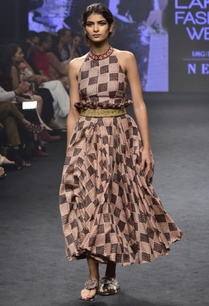 pink-black-chanderi-silk-printed-halter-neck-top-with-skirt