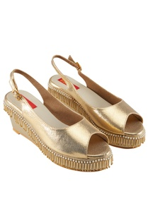 gold-peep-toe-wedges-with-bead-tassels