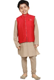 red-gold-solid-kurta-set-with-nehru-jacket