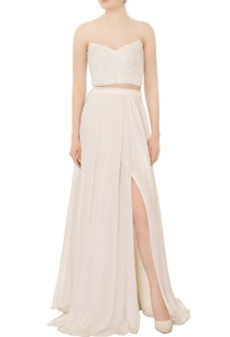 white-hand-beaded-crop-top-with-chiffon-tulle-skirt