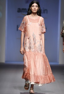 peach-silk-chanderi-parsi-embroidery-dress-with-cream-inner