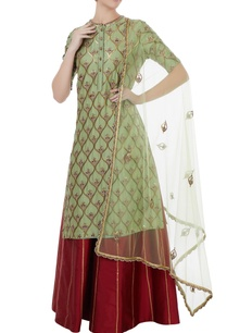 green-red-chanderi-tafetta-net-hand-crafted-nakshi-white-pearl-mirror-work-kurta-with-palazzos-dupatta
