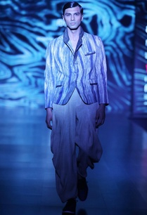 blue-cream-tussar-silk-arashi-dyed-short-jacket