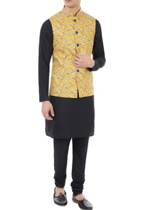 yellow-floral-printed-nehru-jacket