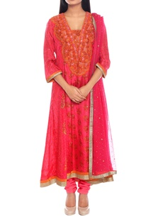 pink-orange-silk-taffeta-embroidered-kurta-with-churidar-dupatta