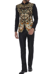 black-silk-bird-enbroidered-sherwani-with-slim-fit-trousers