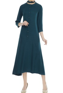 bottle-green-button-down-maxi-dress-with-choker-style-collar