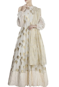 ivory-chanderi-fish-print-cold-shoulder-anarkali-with-dupatta