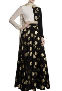 black-white-crepe-half-and-half-fish-print-lehenga-with-blouse-dupatta