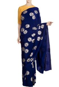 blue-tribal-vase-motif-crepe-silk-saree-with-yellow-blouse-piece