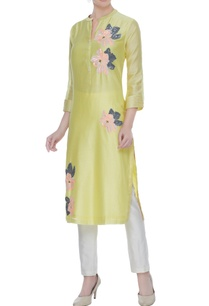 pale-yellow-silk-chanderi-hand-embroidered-tunic