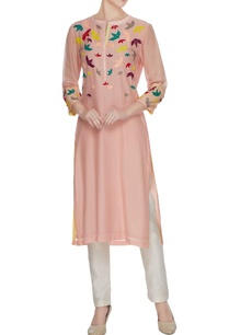 peach-hand-embroidered-origami-bird-motif-kurta