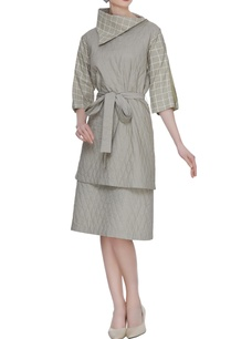 olive-grey-organic-poplin-quilted-tunic-with-printed-bartha-collar