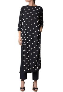 black-viscose-slub-machine-embroidered-long-tunic
