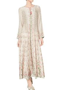 pink-40s-muslin-nivika-dress-with-floral-and-vine-motifs