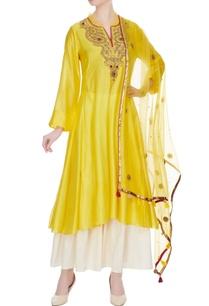 yellow-chanderi-hand-embroidered-kurta-with-dupatta-white-sharara-pants