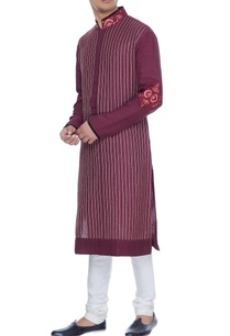 maroon-spun-silk-kurta-with-lace-yoke