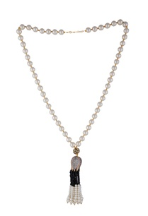 multi-colored-alloy-lotus-cap-with-black-tassels-and-pearl-necklace