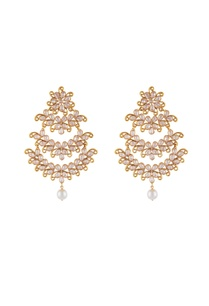 gold-white-alloy-uncut-chandelier-earring