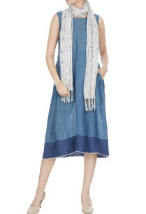 white-linen-floral-hand-block-printed-stole