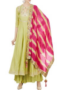 green-chanderi-gota-embroidered-kurta-leheriya-dupatta-set