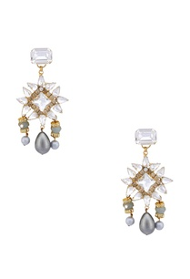 gold-plated-swarovski-earrings-with-pearl-drops