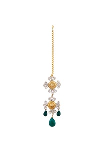 gold-plated-floral-maangtikka-with-swarovski-crystals